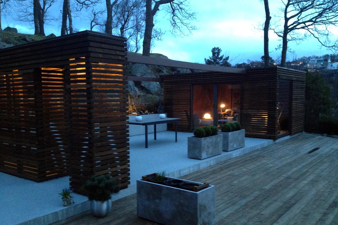 Hage Pavillion på Sandnes . Den koselige hagestuen er perfekt for å slappe av med en god bok og et glass vin. Hagedesign Sandnes. Arkitekt Sandnes.