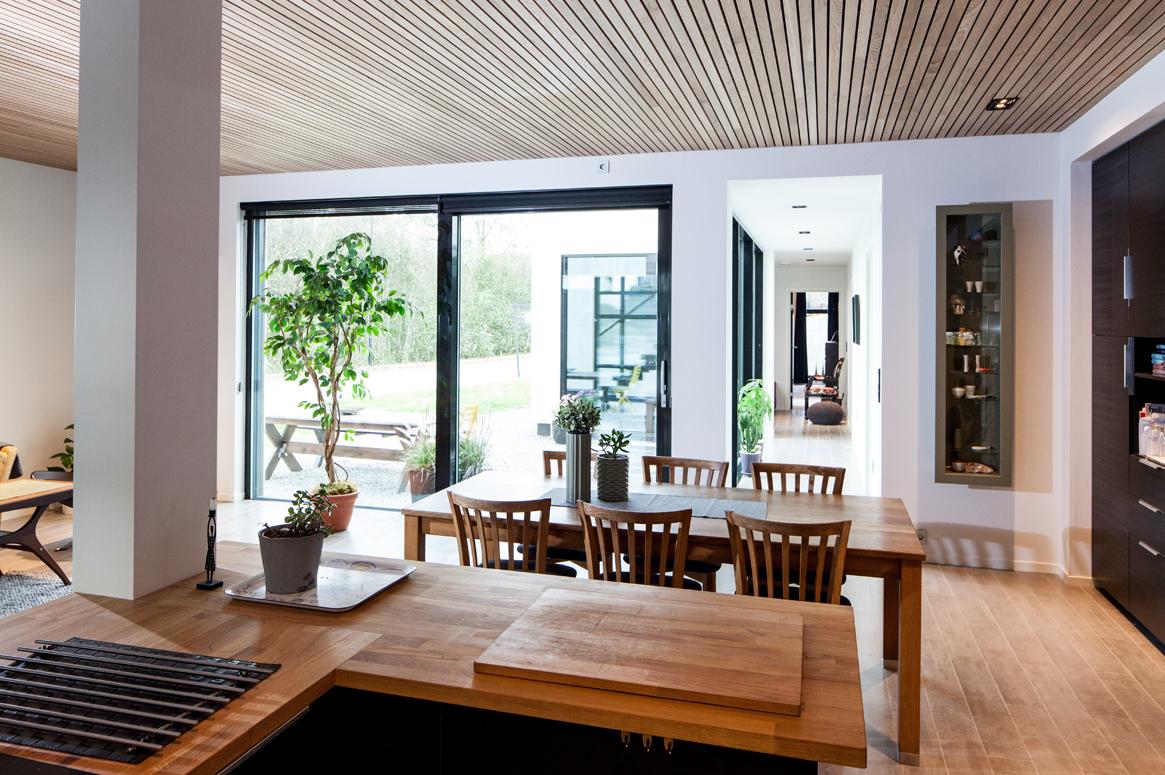 3 Patio Hus på Bryne. Fra kjøkken er de god oversikt over uteområdet.