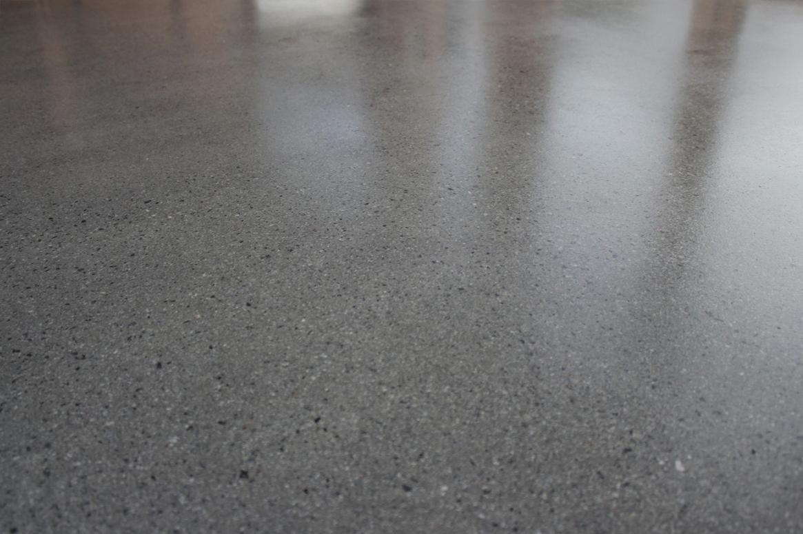 hagestue-på-kvernaland-10-betong-på-gulv-saark-arkitekter